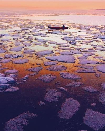 Dünyadaki içme suyunun yaklaşık yüzde 20'si Baykal Gölü'nde.