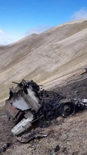 Azerbaycan lideri İlham Aliyev'in danışmanı Hikmet Hacıyev Ermenistan'ın iki adet savaş uçağının düştüğünü açıkladı.
