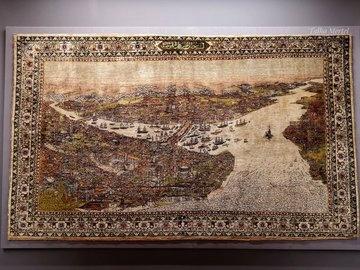 İpek halı üzerine işlenmiş İstanbul tasviri- 19.yüzyıl (Türk ve İslam Eserleri Müzesi)