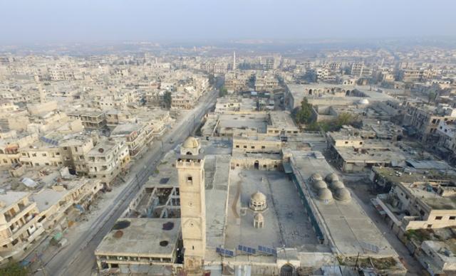 Suriye'de Esed rejimi güçleri, Rusya'nın hava desteğiyle İdlib'in güneydoğusunda ele geçirdiği Maarratünnuman ilçesini hayalet kente çevirdi.