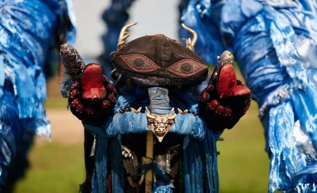 Bu festival aynı zamanda şamanizmin Rusya içinde bir meslek olarak tanınmasını artırmayı amaçlayan bir halkı bilinçlendirme kampanyasının bir parçası.