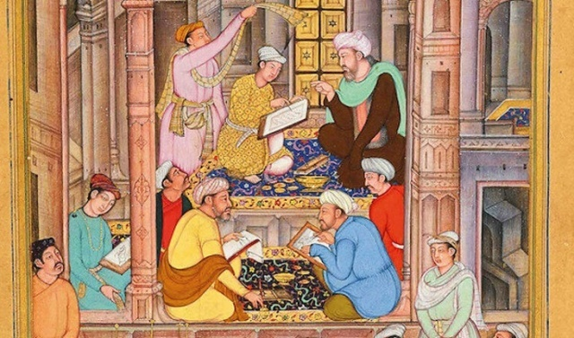 Hac ziyaretinin ardından 1338 yılında Kahire'ye dönen İbn Haldun'un ailesinin ölümünden sonra girdiği bunalımdan büyük ölçüde kurtulduğunu fark eden Sultan, kendisini önemli bir sufi merkezinin başına geçirmişti. Ancak bir süre sonra rahatlık sona erecekti. Kahire'deki vaziyet Sultan için tehlikeli hâle gelmişti. Memlukler eşrafından el-Nasiri isimli birisi 1389 yılında bir isyan tertip etmişti. Sultan, Maliki kadısı olan İbn Haldun'dan destek almıştı. El-Nasiri'nin güç kazandığını gören İbn Haldun aceleci davranmış, Berkuk aleyhine verilen bir fetvanın altına imza atmıştı. Bu karar tenzil-i rütbe ve saraydan uzaklaştırma ile sonuçlanacaktı.