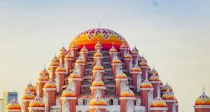 99 kubbeli cami görenleri hayran bırakıyor