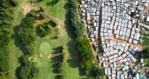 Drone fotoğraflarıyla belgelenen gelir dağılımındaki uçurum