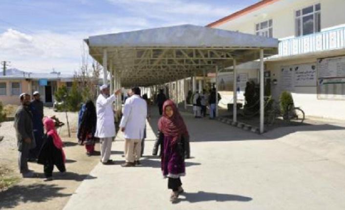 Taliban kapatılan İsveç klinikleri konusunu yeniden gündeme getirdi