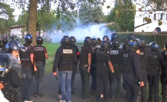 G7 Zirvesi öncesi Fransa karıştı: 17 gözaltı, 4 yaralı