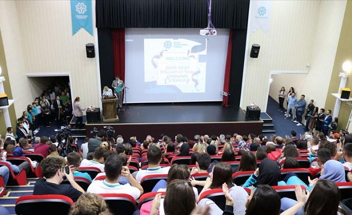 Kuzey Makedonya'daki Maarif okulunda yeni eğitim öğretim yılı
