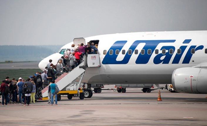 Rusya'da uçaklarda sigara içilmesine izin verildi