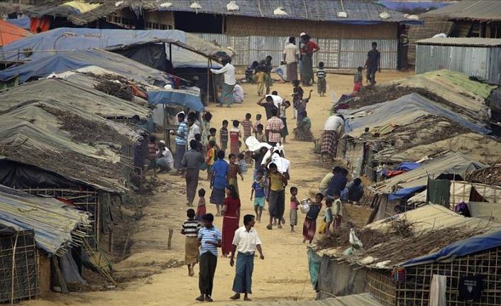 Bangladeş, Myanmar'a 105 bin Arakanlı Müslüman'ın adını gönderdi