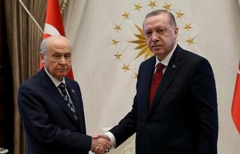 Ankara'da sürpriz görüşme başladı