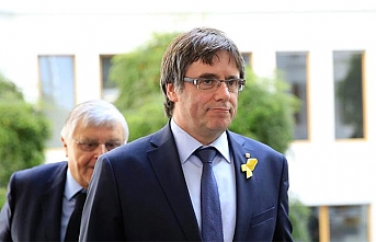 Eski Katalan lider ilk firar ettiği ülkeye döndü