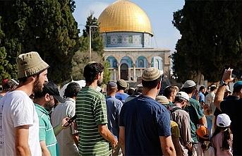 Fanatik Yahudilerden Mescid-i Aksa'ya bir baskın daha