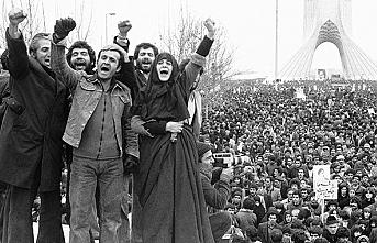 İran'da Din Siyaset İlişkisi Meşrutiyetten İslam Cumhuriyeti'ne