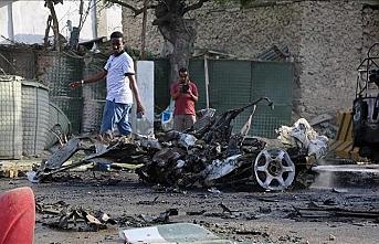Somali'de bakanlığa bombalı araçla saldırı