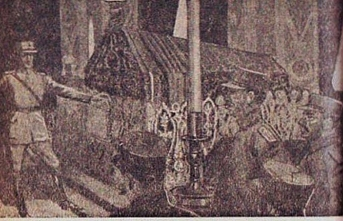 Venizelos'un oğlu, Osman Gazi'nin kabrini tekmeledi