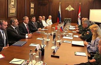 Akar ve Fidan, Rusya Savunma Bakanı ile bir araya geldi