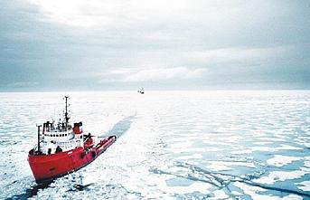 Eriyen buzullar yeni ticari yol ve yeni savaşlar mı demek?