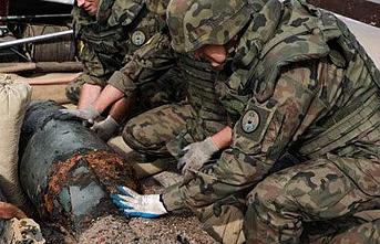 Polonya'da 'bomba' tahliyesi