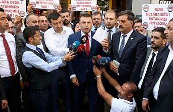 İş adamları Erdoğan'ın çağrısına uydu, dolar bozdu
