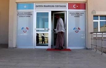 Türkiye'den Somali'ye hastane ekipmanı