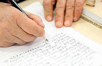 750 milyon kişi hala okuma yazma bilmiyor