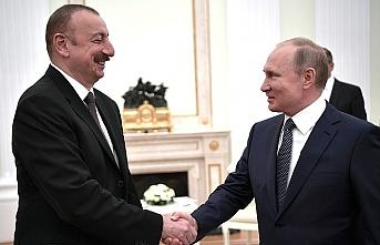 Aliyev, Soçi'de Putin'le kritik konuları görüşecek