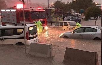 """Balıkesir için """"şiddetli yağış"""" uyarısı"""