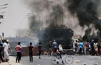 Basra göstericileri İran'ı kızdırdı