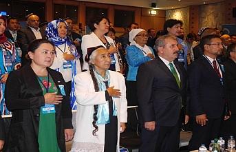 Doğu Türkistan Bağımsızlık Meclisi kuruluyor