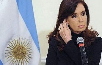Eski Arjantin Devlet Başkanı'na tutuklama talebi