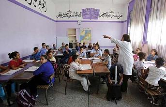 """Fas'ta okul kitaplarında """"halk dili"""" tartışması"""