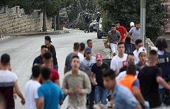 İşgal güçleri Batı Şeria'da 3 Filistinliyi gözaltına aldı