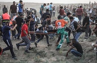 İsrail askerleri 52 Filistinliyi yaraladı