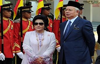 Malezya'da Rezak'ın eşi ifadeye çağırıldı
