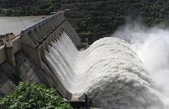 Mısır Uganda'da 5 baraj inşa edecek
