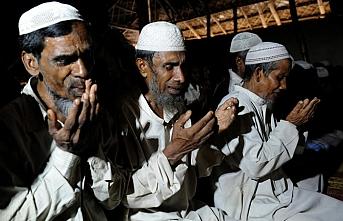 Myanmar hükümetinden, Arakan Müslümanlarının geri dönüşlerini engelleme çabası