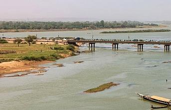 Nijer'e malzeme taşıyan 732 tır Benin'de mahsur kaldı