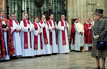Birleşik Krallık'ta kilise düşüşte