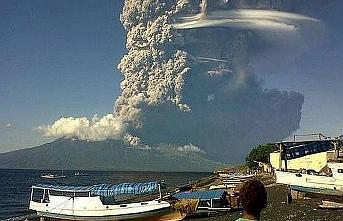 Endonezya şimdi de yanardağ tehdidi altında