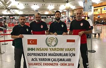 Endonezya'ya ilk yardım ekibi Türkiye'den gitti