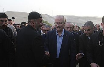 Filistin Başbakanı Bedevi köyünde