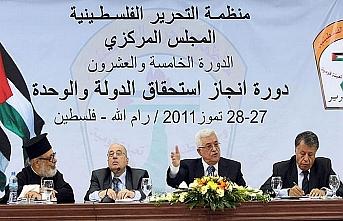 FKÖ İsrail'i tanıma kararını askıya aldı