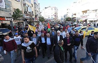 Filistinliler ırkçılığa ve yıkıma tepki için greve gidiyor