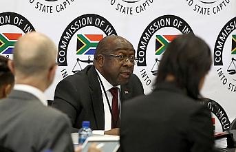 Güney Afrika'da fatura Maliye Bakanı'na kesildi