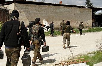 İdlib'den bir grup silahlı milis ayrıldı