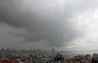 İstanbullular öğleye kadar sağanak yağış altında