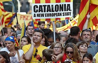 Katalan lider İspanya hükümetine bir ay süre verdi