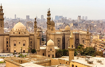 Kazakistan Kahire'de Sultan Baybars Camii'ni restore edecek