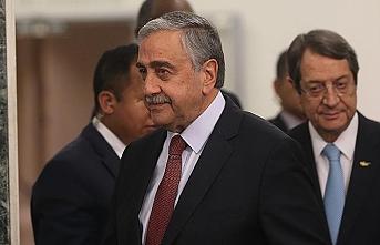 Kıbrıs'ta müzakereler zaman kaybı