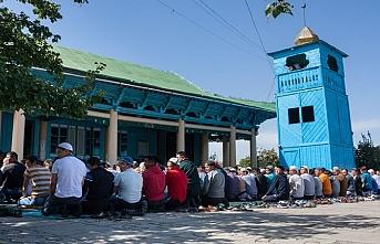 Kırgızistan'da camiler okul sayısını geçti